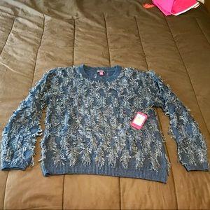 🆕 Vince Camuto Indigo fringe sweater - NWT ⭐️